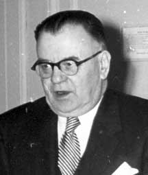 Black and white image of Dr. Richard Maresch